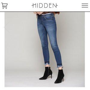 👖 HIDDEN DENIM 👖 Raw hem skinny jeans